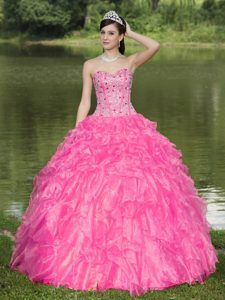 Multi-tiered Sweetheart Beaded Ruffled Sweet 15 Gown Dresses in Hot Pink