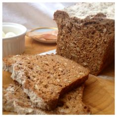 Gluten-free, wheat-free, dairy-free, egg-free bread loaf made with seeds, buck-wheat & psyllium seed husk Sugar Free Baking, Gluten Free Baking, Baking Recipes, Vegan Recipes, Vegan Food, Psyllium Seed Husks, Dairy Free Bread, Muffin Bread, Bread Baking