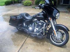 eBay: Harley-Davidson: Touring 2011 harley-davidson street glide #harleydavidson usdeals.rssdata.net