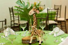 decoracao_festa_safari_priscila_pandolfo29 Elsa Birthday Party, Mickey Mouse Clubhouse Birthday Party, Safari Birthday Party, Birthday Ideas, Festa Safari Baby, Safari Theme Party, Jungle Party, Safari Centerpieces, Safari Decorations