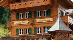 Griesalp Hotels Kiental Set on 1.408 metres above sea level, Griesalp Hotels enjoys a quiet location at the foot of the Blüemlisalp. It offers a breakfast buffet and free Wi-Fi in public areas.  All rooms provide a private bathroom, satellite TV and a hairdryer.