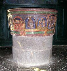 Mauriac (Cantal) - Basilique Notre-Dame des Miracles - cuve baptismale - XIIème siècle