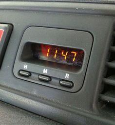 Repairing Honda CR-V clock