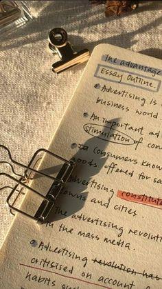 School Organization Notes, Study Organization, School Notes, Study Inspiration, Motivation Inspiration, Study Board, Pretty Notes, Study Notes, Studyblr