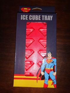 SUPERMAN Fan Cape dvd DC Comics Hero SUPERMAN LOGO ICE CUBE TRAY New NIB