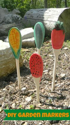 DIY Garden Markers- wooden spoons painted as vegetables or fruits