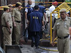 NIA raids 22 locations of separatists in Kashmir and Delhi over alleged Pakistan funding