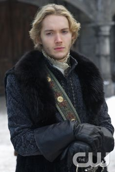 "Reign -- ""Forbidden"" -- Image Number: RE215a_0167.jpg -- Pictured: Toby Regbo as King Francis II  -- Photo: Sven Frenzel/The CW -- © 2015 The CW Network, LLC. All rights reserved.pn"