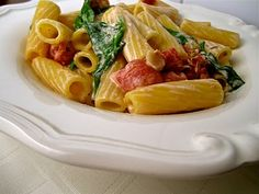 Ranch Pasta with Bacon Spinach and Tomatoes