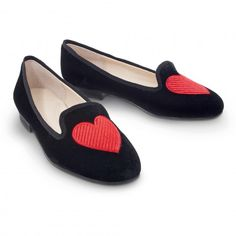 $128 Size 10 Embroidered Heart Velvet Slipper Loafer