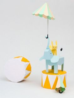 Absolutely gorgeous paper animals. Fab idea for decorating a child's room or using for party decorations. #PaperAnimals #PaperArt #Pastels #Party #Interiors