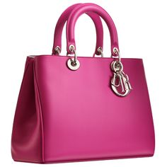 LOVE IT! there can never be too much pink in a girls life <3