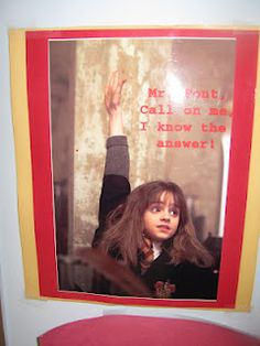The Reading Buddies: Harry Potter Classroom Theme Harry Potter Classes, Harry Potter Classroom, Harry Potter Wizard, Harry Potter Room, Harry Potter Theme, Classroom Decor Themes, School Decorations, Classroom Ideas, Reading Buddies