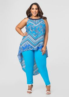 Curvy Girl Fashion Outfits, Plus sized clothing, fashion tips, plus size fall wardrobe and refashion. Fall and Autmn Fashion Outfits Trends for Plus Size. Look Plus Size, Plus Size Girls, Plus Size Tops, Plus Size Summer Fashion, Plus Size Fashion For Women, Plus Fashion, Fashionable Plus Size Clothing, Plus Size Womens Clothing, Plus Size Maxi Dresses