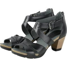 【La Jolla Wooden Heel Straps Sandals】蝶翼鏤空木跟涼鞋_BLACK - Bussola APAC