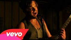 Kings Of Leon - Sex on Fire  ll  and you, your sex is on fire, consumed with what's to transpire..