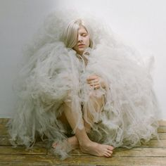 19-year-old Norwegian pop songstress Aurora Aksnes has a new single ready called 'Murder Song (5, 4, 3, 2, 1)'. Yes, it's a dark story.