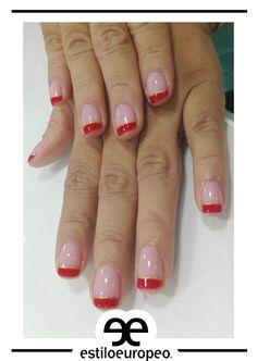 ¡Lindas decoraciones femeninas y sutiles en combinación con rojo y dorado <3 ! Visítanos: Calle 10 # 58-07 B/Santa Anita Citas: 3104444 #Peluquería #Estética #SPA #Cali #CaliCo