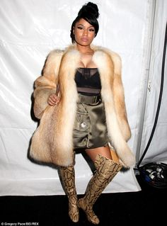 Hate It or Love It? Nicki Minaj Serves Cookie Lyon Realness at Marc Jacobs NYFW Runway Show [Photos] | B. Scott | Celebrity Entertainment News, Fashion, Music and Advice