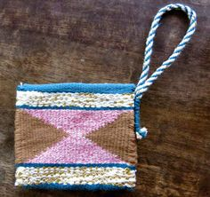 Cassie Stephens: In the Art Room: A Woven Clutch