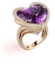Wooahh, a Temptations Ring - A fabulous Haute Joaillerie creation by Chopard. 18-carat rose gold, diamonds, and a heart shaped purple tourmaline
