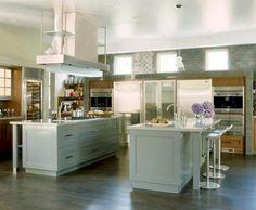 Astounding 40+ Best Double Kitchen Design Ideas For Cooking Easier https://decoredo.com/8856-40-best-double-kitchen-design-ideas-for-cooking-easier/