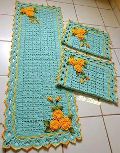 Crochet Doilies, Crochet Flowers, Crochet Table Mat, Crochet Cushions, Flower Pillow, Ribbon Work, Diy And Crafts, Doodles, Kids Rugs
