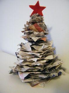 Albero di Natale con la carta riciclata fai da te