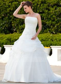 Ball-Gown Strapless Court Train Organza Wedding Dress With Ruffle Beading