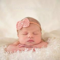 Newborn photo by jesacakwilsonphotgraphy