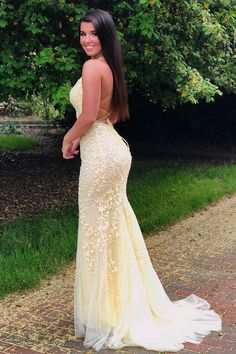 Trendy light blue prom dresses with mermaid style to wear if you want to stand out in a crowd. Perfect for prom,evening,and any other formal affair! Junior Prom Dresses, Formal Dresses For Weddings, Prom Dresses Blue, Homecoming Dresses, Evening Dresses, Bridesmaid Dresses, Grad Dresses, Mini Dresses, Bridesmaids