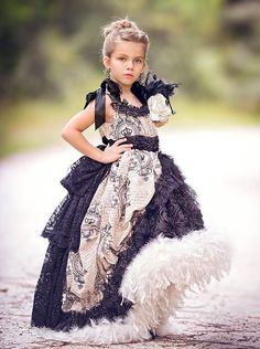 "Baby J Couture ""Angelique"".A Beautiful Ball Gown Style Dress Girls Fancy Dresses, Little Girl Dresses, Cute Dresses, Flower Girl Dresses, Gown Style Dress, Moda Peru, Estilo Rock, Pageant Dresses, Kind Mode"