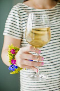 DIY: Fresh Flower Bracelet! | Art And Chic