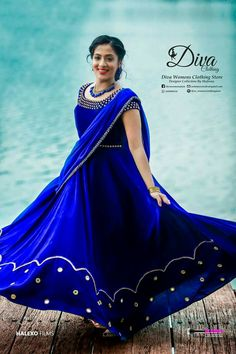 Indian Wedding Gowns, Indian Bridal Sarees, Indian Gowns Dresses, Half Saree Designs, Fancy Blouse Designs, Bridal Blouse Designs, Kerala Engagement Dress, Engagement Dress For Bride, Gown Party Wear