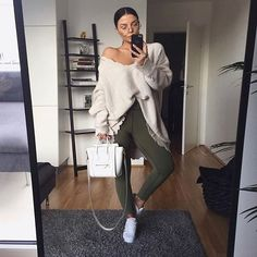 The Most Popular Genious Street Style Ideas To Try Right Now - Casual Summer Look - Summer Must Haves Collection. The Best of casual fashion in Fall Winter Outfits, Autumn Winter Fashion, Winter Style, Fall Fashion, Chic Outfits, Fashion Outfits, Fashion Trends, Fashion Ideas, Love Fashion