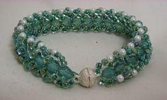 Pearl Challenge - flat spiral bracelet using Swarovski crystals