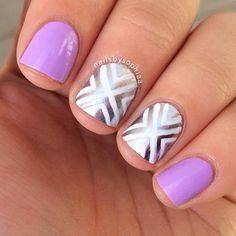 Light Purple and Silver Nail Design http://www.jexshop.com/