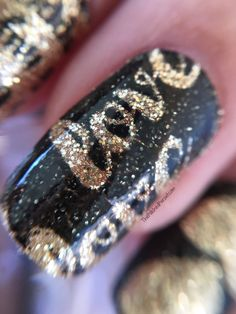 42 most eye catching beautiful black nail art ideas nail art incoco valentines day nail polish appliqus solutioingenieria Gallery