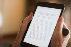 Relieve your hand fatigue and extend your reading duration while using your #Tablet! #iPadMini http://wingocase.com/
