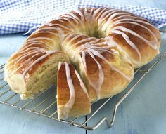 Posts about kringle recipe written by Sunny Pastry Recipes, Cake Recipes, Cooking Recipes, Norwegian Food, Norwegian Style, Scandinavian Food, Bread And Pastries, Baking Tips, Ideas