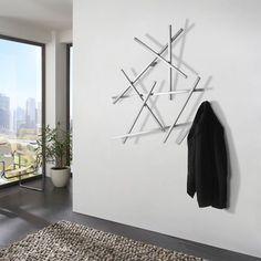 De Matches wandkapstok van Spinder Design heeft een origineel, eigentijds ontwerp in de vorm van een wirwar van lucifers. De wandkapstok is gemaakt van hoogwaardig staal en wordt geleverd inclusief bevestigingsmateriaal.