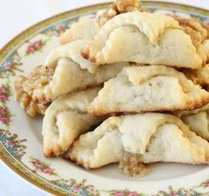 Traditional Hungarian Walnut Roll Cookies *I will use Gluten Free Flour! Tea Cakes, Hungarian Cookies, Bolacha Cookies, Cookie Recipes, Dessert Recipes, Dessert Bread, Bread Recipes, Cookie Ideas, Christmas Baking