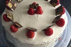 Weiße Schokoladencreme mit Himbeerpüree 1