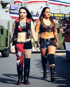Ruby Riot & Sarah Logan Tribute To Troops 2017 Wrestling Divas, Women's Wrestling, Wwe Raw Women, Fit Women, Wwe Girls, Wwe Ladies, Tessa Blanchard, Nxt Divas, Wwe Female Wrestlers