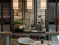 Inter Continental Xi'an North | CCD/Cheng Chung Design (HK) | Media - Photos and Videos | Archello Modern French Interiors, Hotel Buffet, Chinese Interior, Coffee Bar Home, Hotel Interiors, Restaurant Interiors, Cafe Restaurant, Chinese Restaurant, Hospitality Design