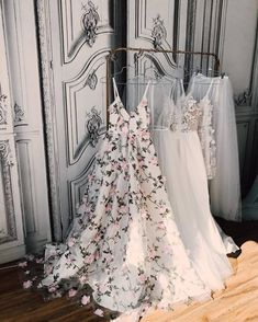 Hot Sale Engrossing Prom Dresses Long, A-line Princess V-neck Floral Prom Dresses Long Appliqued Lace Formal Dresses Floral Prom Dresses, Pretty Dresses, Beautiful Dresses, Vintage Prom Dresses, Dresses Dresses, Bridesmaid Dresses, Different Prom Dresses, Long Dresses, Floral Lace Dress
