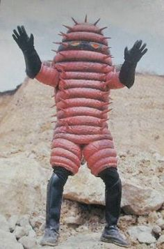Nigel Farage dons his custom made immigrant repelling outfit Hero Tv, Japanese Superheroes, Japanese Monster, Scary Monsters, Sci Fi Horror, Japanese Characters, Bizarre, Creature Design, Power Rangers