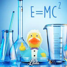 E = mc2! Wie #Einstein das herausgefunden hat? Natürlich durch ExperimENTE! #LILALU #LILALU_Aachen #LILALU_Shop #lilaluducks #sharehappiness #picoftheday #animal #animals #cute #animallovers #rubberduck #rubberducks #quietscheente #quietscheenten #quietscheentchen #badeente #badeenten #entchen #badespaß #ducks #bathduck #ducklove #genie #brilliant #alberteinstein #forschung #wissenschaft