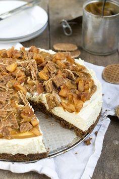 MonChoutaart met stroopwafel en karamel