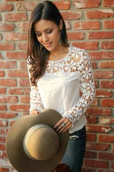 The HONEYBEE: 70's Chic | very cute and should be easy to make